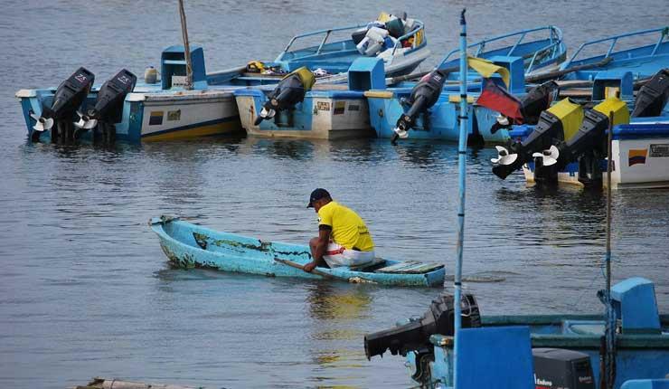 Esmeraldas: Cuatro cantones declarados en emergencia por daños ocasionados por los oleajes