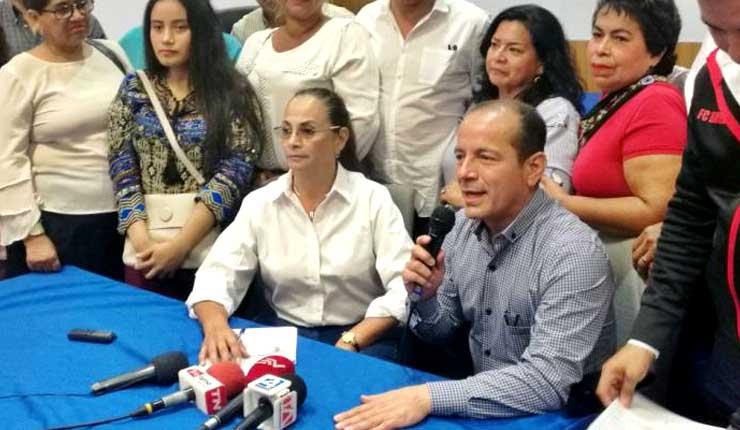 Pierina Correa inscribe su candidatura a la prefectura del Guayas