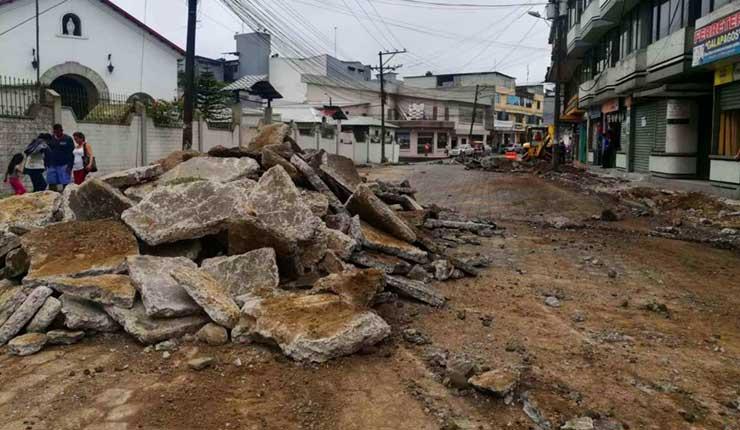 Santo Domingo: Calle Galápagos cierra la circulación por asfaltado