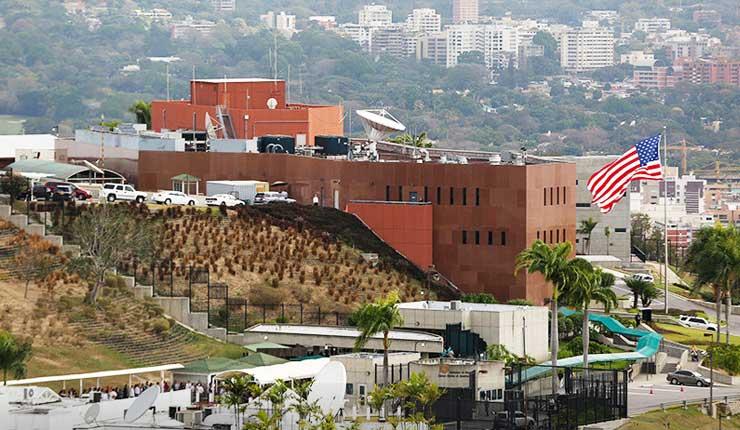Estados Unidos ha ordenado salir a parte de su personal diplomático de Venezuela