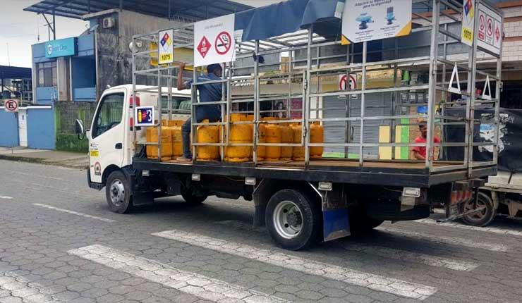 Gas sube a 3 dólares en Santo Domingo