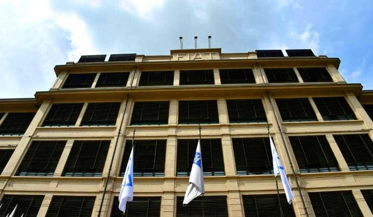 Italia sanciona a constructores de automóviles y bancos por formar un cártel financiero