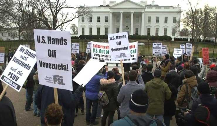 Organizaciones pacifistas protestan contra apoyo del gobierno de Estados Unidos a Guaidó