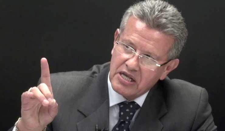 Empresas no tienen derecho a defenderse ante procesos, afirma Augusto Tandazo