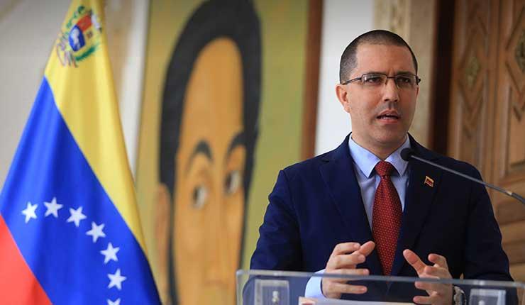 Venezuela denunciaría en instancias internacionales la criminalización de venezolanos en Ecuador