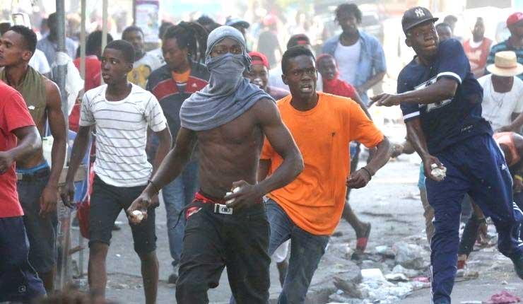 Al menos 10 muertos dejan protestas en Haiti