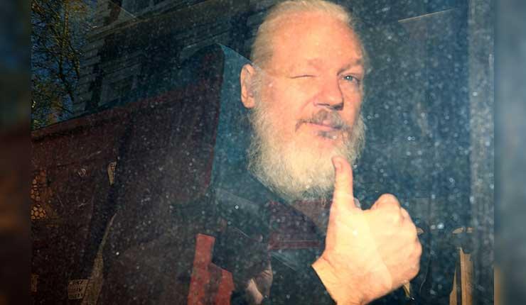 Julian Assange, Ecuador, Cárcel,