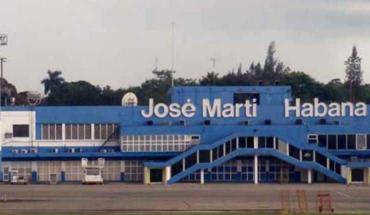 Aeropuerto, Cuba, Ciudadanos,