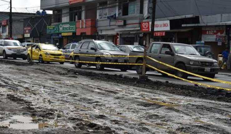 Av. Quito, Santo Domingo, Vehículos,